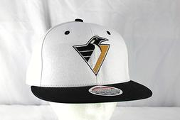 Pittsburgh Penguins White/Black NHL Baseball Cap Snapback
